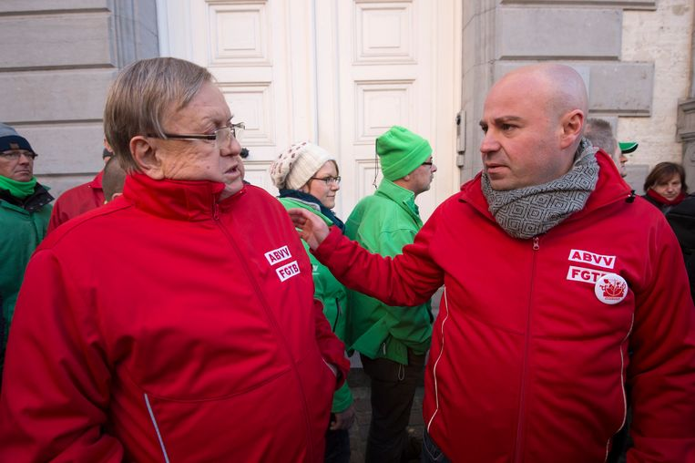 Jean-François Tamellini (rechts) van het ABVV tijdens een vakbondsactie.