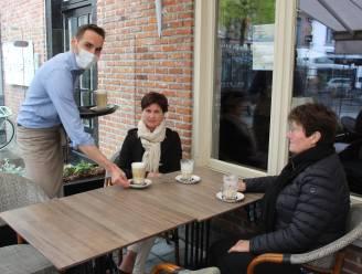 """De eerste koffies op de Markt in Aalter: """"Hier hebben we echt naar afgeteld"""""""