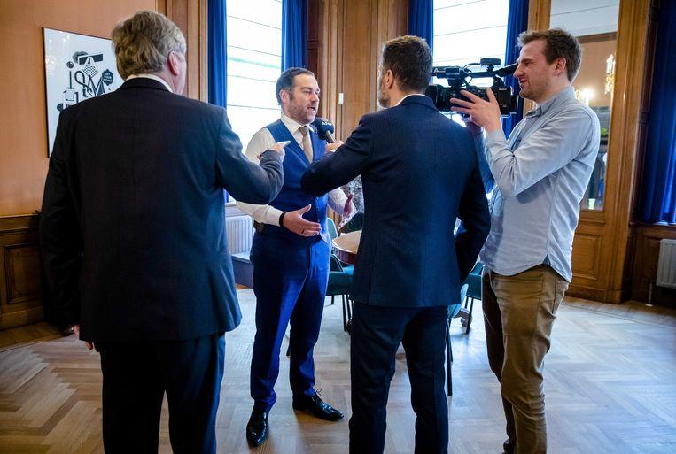 VVD-fractievoorzitter Klaas Dijkhoff reageert op de ophef die is ontstaan over het wachtgeld dat hij ontvangt. Beeld ANP
