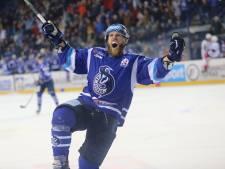 Nijmeegse ijshockeyer Mike Dalhuisen krijgt geen genoeg van nomadenbestaan: 'Ik voel me nog te goed om stap terug te doen'