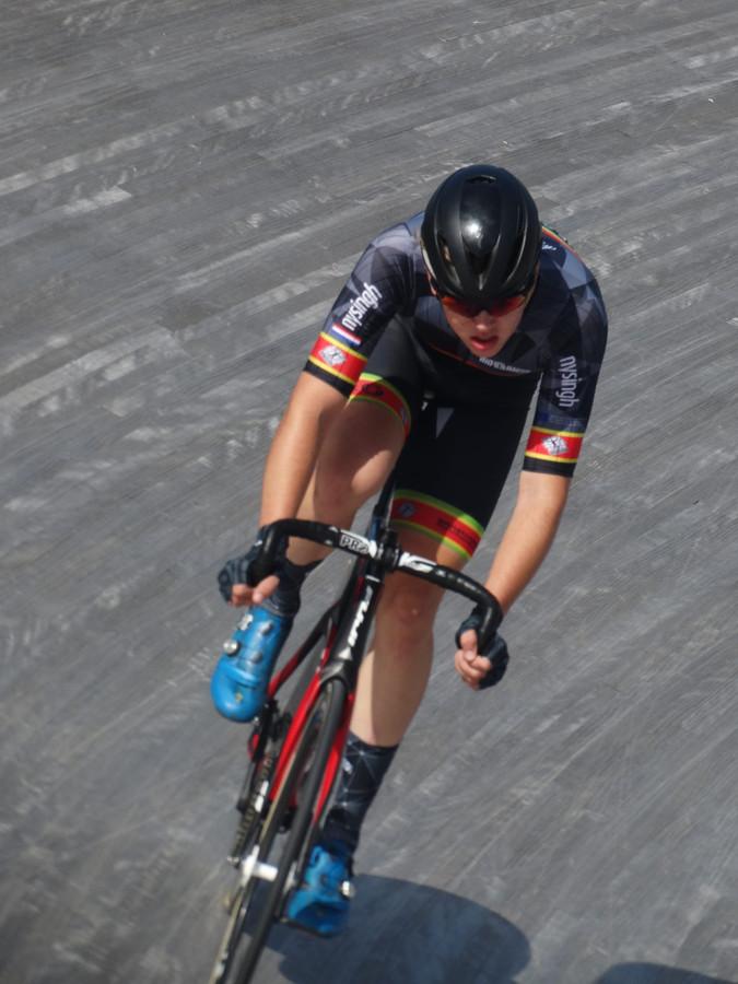 Justus Willemsen van De Adelaar werd kampioen op de baan bij het NK omnium.