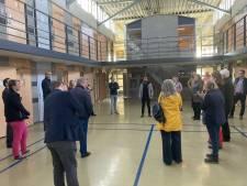Politiek: duidelijke afspraken met COA over maximaal één jaar opvang vluchtelingen in gevangenis
