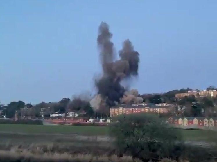 'Gecontroleerde' ontploffing Duitse WOII-bom gaat mis