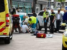 Fietser gewond bij botsing met scooter in centrum Arnhem