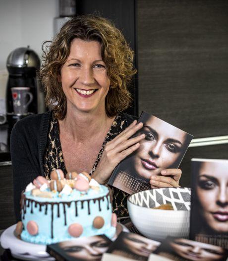 Wendy uit Oldenzaal, maakster van heerlijke taarten, debuteert met psychologische thriller