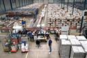 Distributiecentrum van kleertjes.com in 's-Heerenberg. Het bedrijf, gespecialiseerd in kinderkleding, wordt later dit jaar overgenomen door Wehkamp.