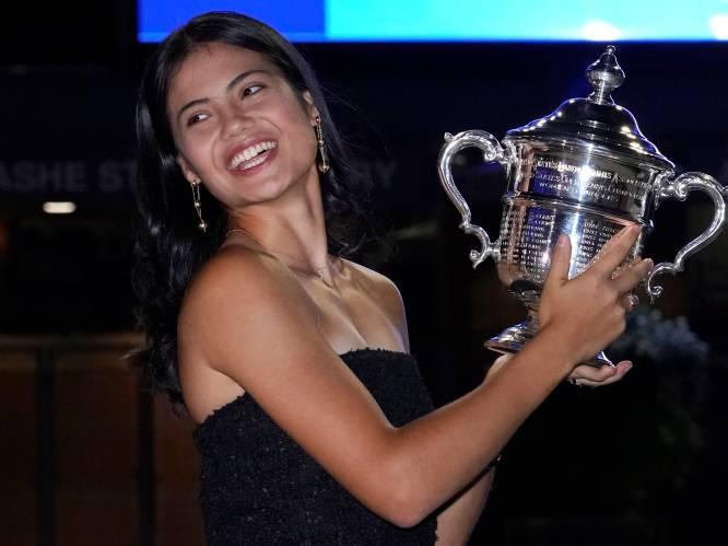 Ze heeft de looks, ze heeft het tennis, ze heeft het brein: Emma Raducanu (18), nieuwste ster aan het firmament