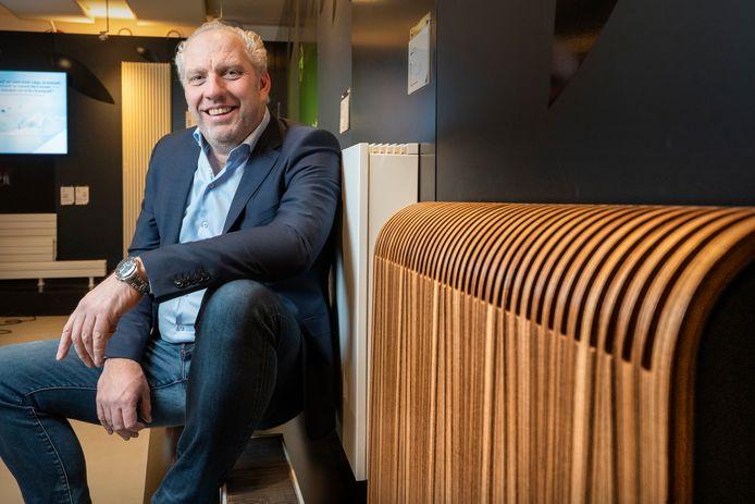 Chris Heerius met zijn bedrijf Jaga verzorgde de  radiatoren voor de hoofvestiging van Amazon in Seattle.