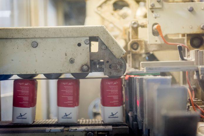 Zout in de Hengelose verpakkingsfabriek, die toen nog eigendom was van AkzoNobel.