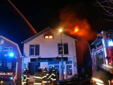 Grote brand in vroegere pizzeria Veenendaal onder controle