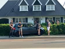 Auto belandt in voortuin in Huissen