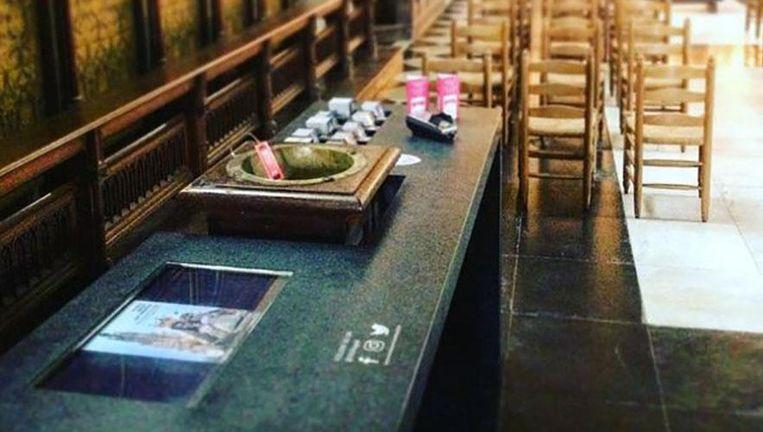 Het offerblok in de OLV kapel. Beeld Instagram