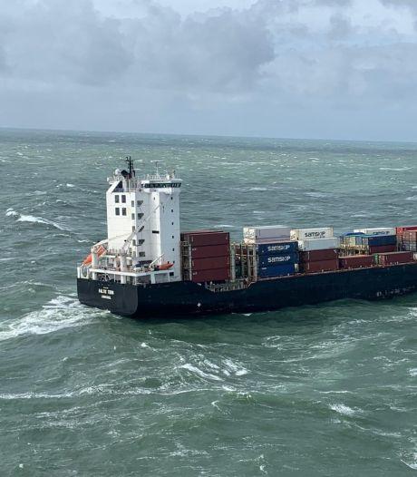 In Waddenzee verloren container met frituurvet van schip Baltic Tern geborgen