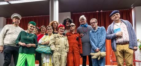 Primeur van theatergroep Valkenswaard tijdens Val-Val-D'rie Klein Kunstig
