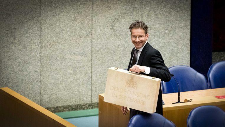 Jeroen Dijselbloem met zijn koffertje. Beeld ANP