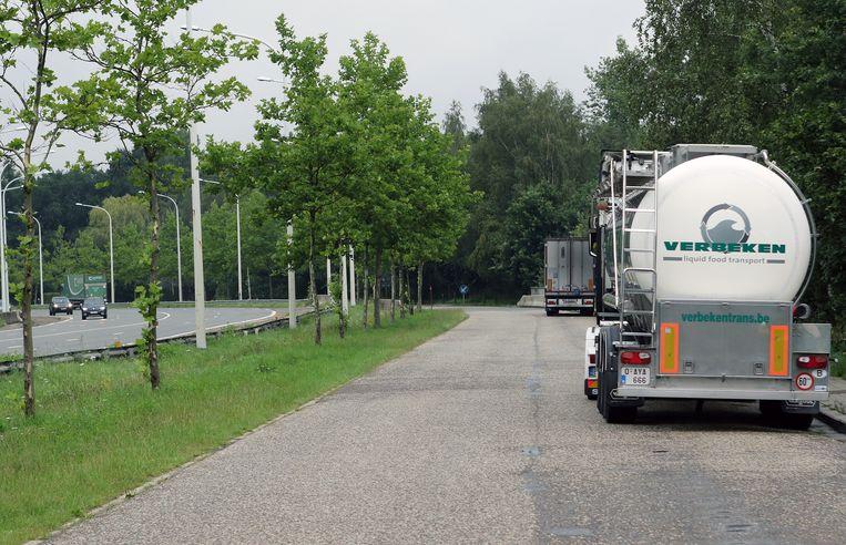 Vrachtwagens zullen niet meer mogen parkeren op de Oud-Strijderslaan.