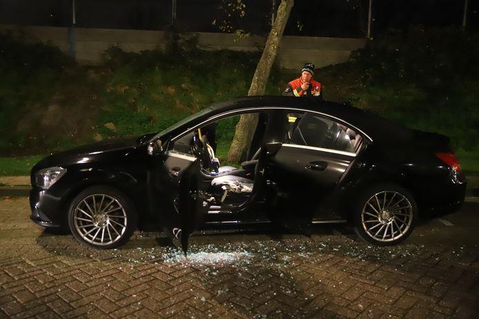 Donderdagavond 5 november rond 23.05 uur was brand ontstaan in een auto aan de Noothoven van Goorstraat in Gouda.