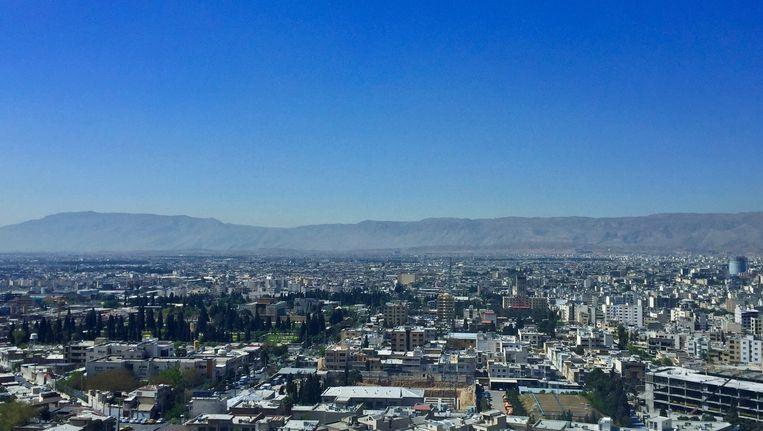 In de Iraanse stad Shiraz wordt er op 9 april een marathon gelopen, de eerste ooit in het land. Beeld Andries Fluit