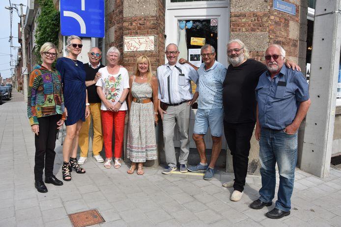 Aan de deur van Breda Jazz prijkt voortaan een bord van de Krottegemse Ransels.
