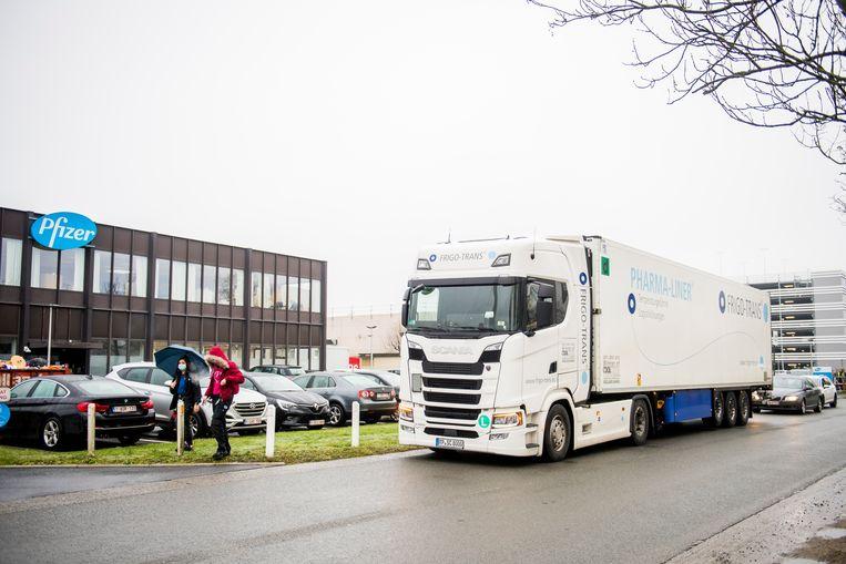 De vestiging in Puurs, een belangrijke site voor de productie van het vaccin van Pfizer/BioNTech. Beeld BELGA