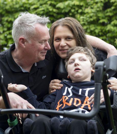 Willy en Ivana u vechten voor meervoudig gehandicapte zoon Danilo: 'Hij was de hele tijd aan het huilen van de pijn'