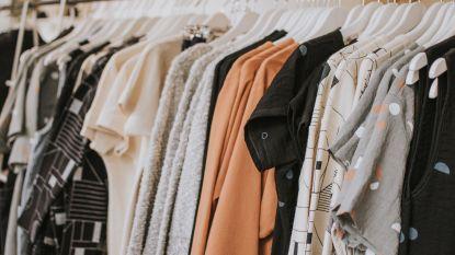 5 eenvoudige manieren om minder geld uit te geven aan kleren