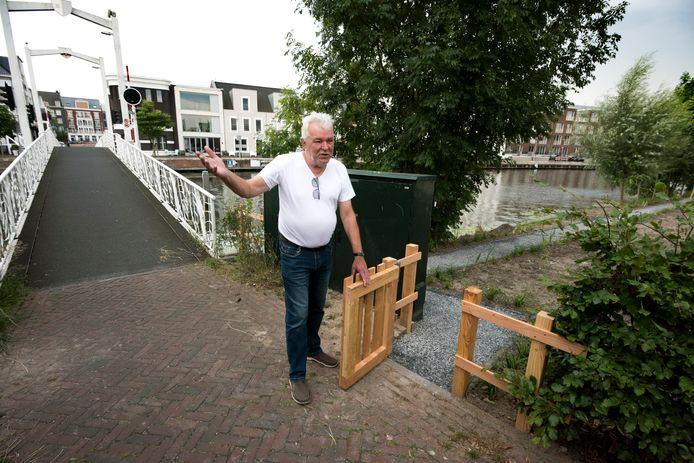 Raadslid Ron Druppers vertelt wat er allemaal mis is met het recent aangelegde jaagpad in de wijk Op Buuren.