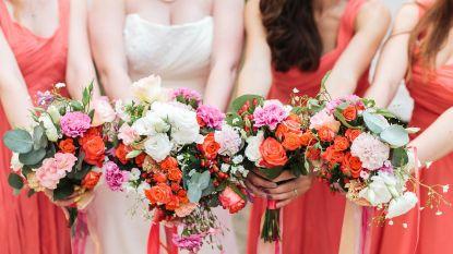 Waarom (moeten) bruidsmeisjes allemaal hetzelfde dragen?