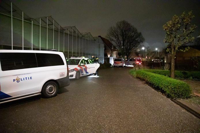 De politie heeft vannacht een illegaal feest in Naaldwijk beëindigd.