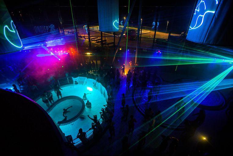 De vorige editie van Ondiep Poolparty in Sloterparkbad. Beeld Ondiep Evenementen b.v.