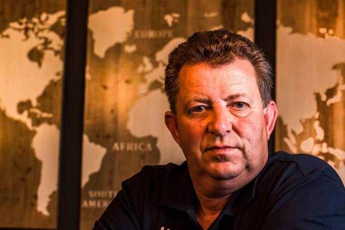 Gijs Sonnema (51) is op zoek naar zijn zoon.