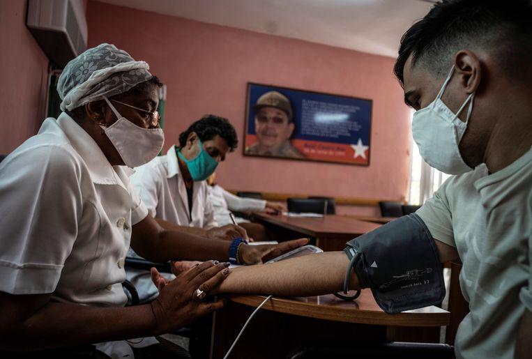 Als alles goed gaat, worden volgende maand 1,7 miljoen Cubanen experimenteel gevaccineerd.  Beeld EPA