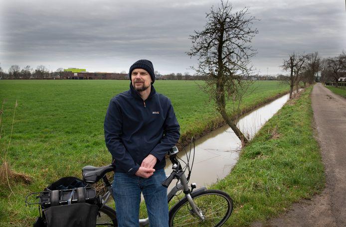 Jacco Hoogewoud in het groene buitengebied van Houten-Oost: ,,Laat Houten wéér een voorbeeld zijn.''