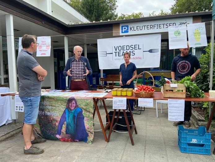 De duurzame markt op de eerste klimaathappening in Brasschaat