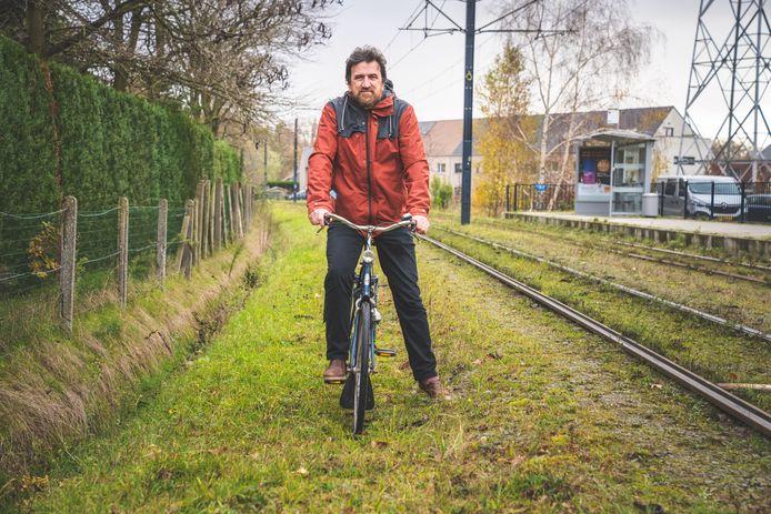 Danny Onderdonck trok al in 2004 met een plan richting het stadsbestuur om een fietspad naast de tramlijn tussen Gent en Evergem aan te leggen.