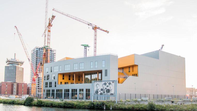 Het nieuwe Hyperion Lyceum aan de Badhuiskade in Noord Beeld Jesper Boot