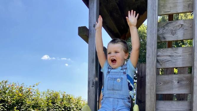 """Mama vond drie laatste vakantieweken geen opvang voor zoontje: """"Hij heeft daar toch recht op, ook al heeft hij meer zorg nodig?"""""""
