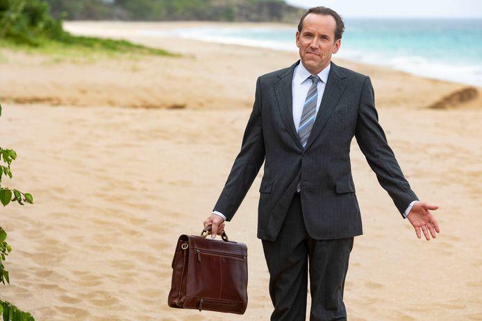 Ben Miller vertolkt de rol van Richard Poole in Death in Paradise.