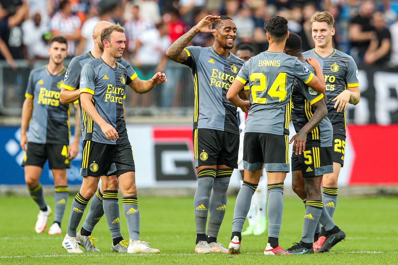 Naoufal Bannis maakte in de blessuretijd nog de 0-4 voor Feyenoord.