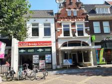 Kledingwinkel Heren van 0314 verhuist naar pand met klokgevel in Hamburgerstraat