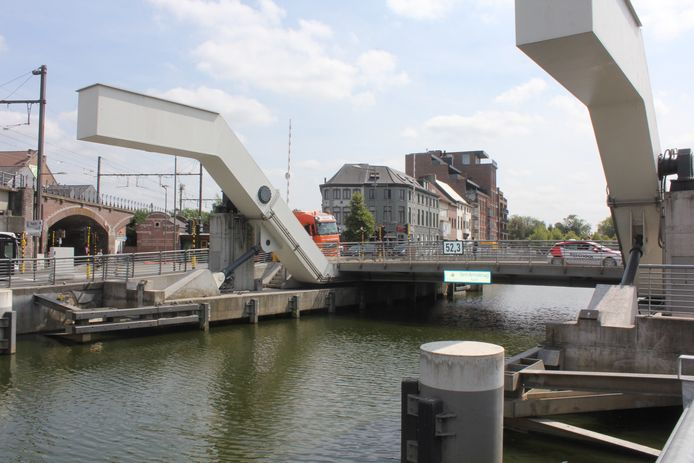 De Sint-Annabrug.