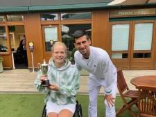 Grand Slam-helden Diede de Groot en Novak Djokovic vieren samen feest op Wimbledon