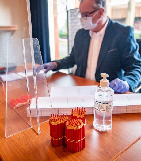Stembureauleden in Bronckhorst hadden corona; kans op besmetting 'nihil'