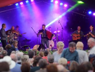 Vlaams volksfeest met Kadril op evenementenplein