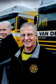 Klaaswaler René verslaat zijn vader en mag zich de Veiligste Chauffeur van Nederland noemen