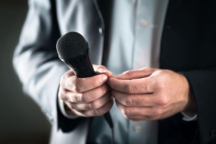 Foto ter illustratie. Een toehoorder heeft zo in de gaten wanneer een spreker onzeker is.