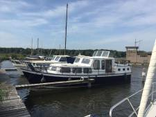 Eigenaar radeloos na diefstal motorjacht in Kampen: 'Ik heb 1,5 jaar aan die boot gewerkt'