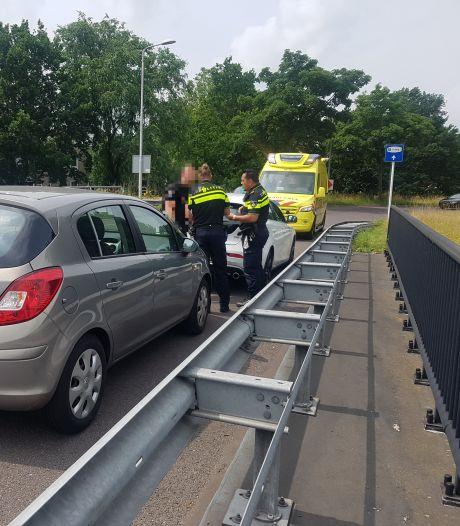 Vrouw gewond naar het ziekenhuis na aanrijding in Meppel