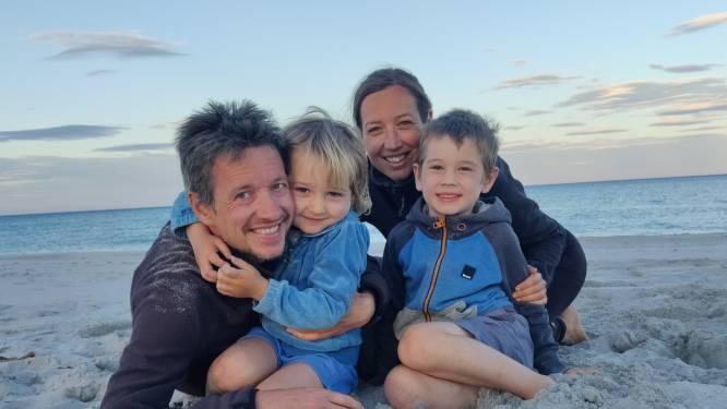 """Hoezo corona? Mechels gezin met kleuters op roadtrip door Europa: """"Ella en Oscar leren rekenen met dennenappels of schelpjes"""""""