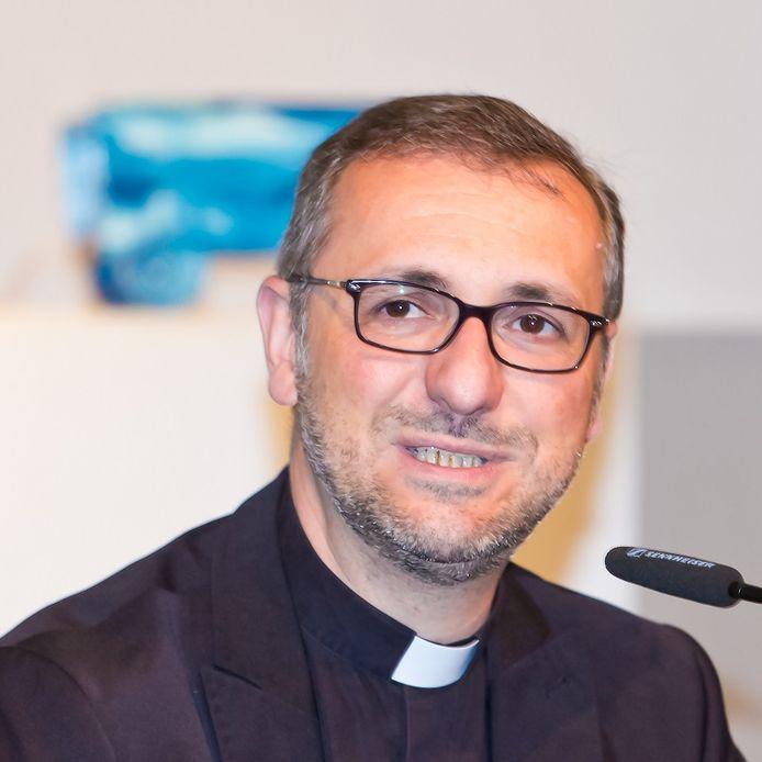 Aartsbisschop Stefan Heße van Hamburg.
